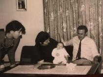 Ο Κώστας Μήλιογλου με τη μικρή Ξανθούλα και την ανεψιά Ξανθούλα